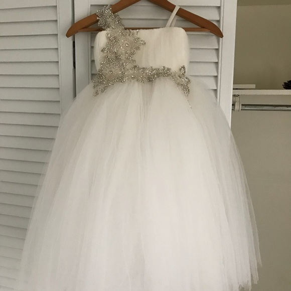 b267edb5a4 Amalee Other - 🎉🎉PRICE DROP🎉🎉 Amalee Flower Girl Dress